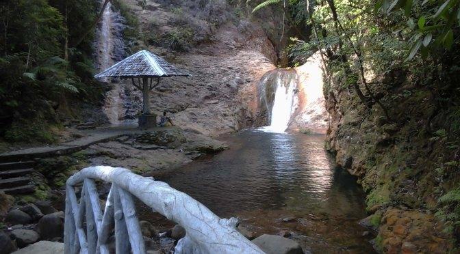 Palaypay Falls-Pamplona